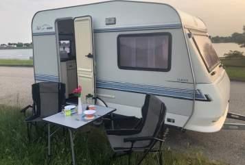 Wohnmobil mieten in Hamburg von privat | HOBBY Cool Camper Mini