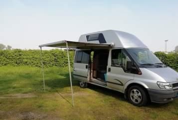 Wohnmobil mieten in Düsseldorf von privat | Ford Ford Nugget