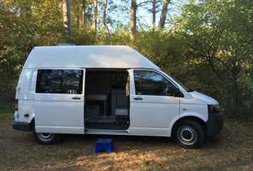 Wohnmobil mieten in Rostock von privat | VW T5Hochdachbulli