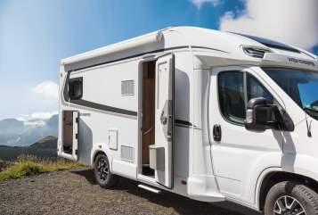 Wohnmobil mieten in Kelsterbach von privat | Weinsberg 122 - CaraSuite