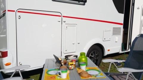 Wohnmobil mieten in Koblenz von privat | Sunlight Wolfmobil