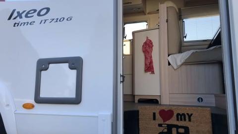 Wohnmobil mieten in Bernau bei Berlin von privat | Bürstner WoMotion