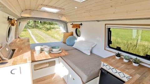 Wohnmobil mieten in Hamburg von privat | VW LEE