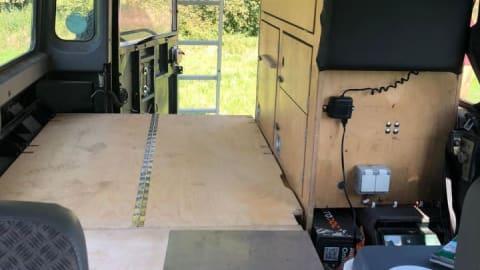 Wohnmobil mieten in Allensbach von privat | Land Rover Chiron