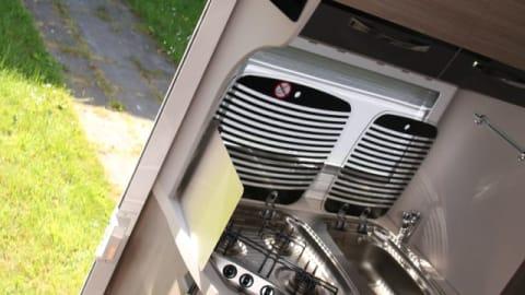Wohnmobil mieten in Hinte von privat   Ford Flash Gordon