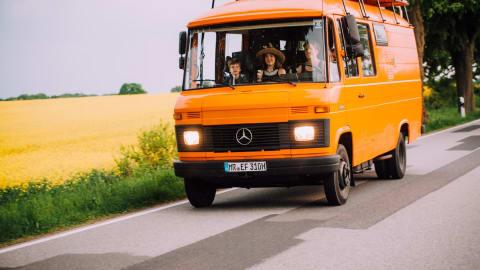 Wohnmobil mieten in Berlin von privat | Mercedes Benz Heinrich