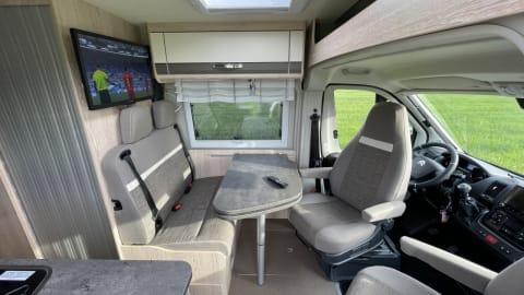 Wohnmobil mieten in Herzebrock-Clarholz von privat | Pössl Rent a Summit
