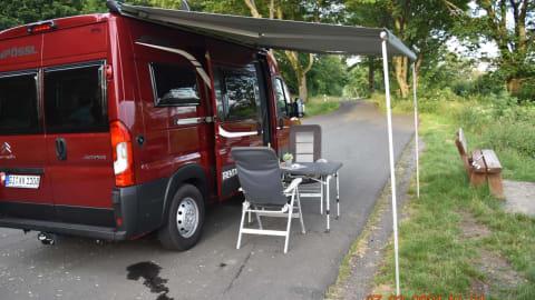 Wohnmobil mieten in Laubach von privat   Pössl Sunny