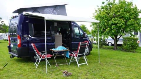 Wohnmobil mieten in Oberhausen von privat | Pössl Blauer Flitzer
