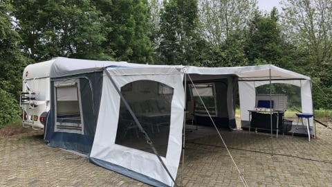 Wohnmobil mieten in Appeltern von privat | Burstner  De Burstner