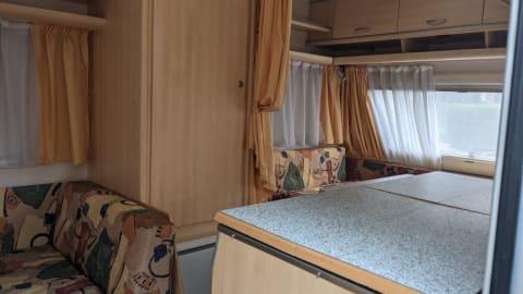 Wohnmobil mieten in Rees von privat   Dethlefs Hotel