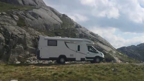 Wohnmobil mieten in Stade von privat   Ford Fluchti