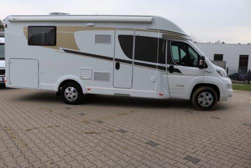 Wohnmobil mieten in Wiehl von privat | Carado KnokkeT449(2)