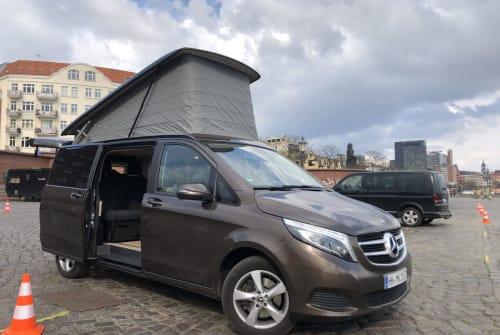 Wohnmobil mieten in Hamburg von privat | Mercedes Benz Swutschi