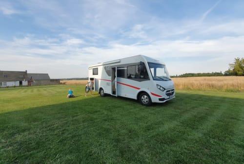 Wohnmobil mieten in Gersdorf von privat | Sunlight JeMo