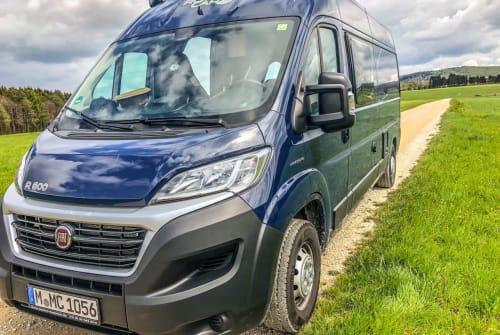 Wohnmobil mieten in Waiblingen von privat | RoadCar R600 StuttgartCamper