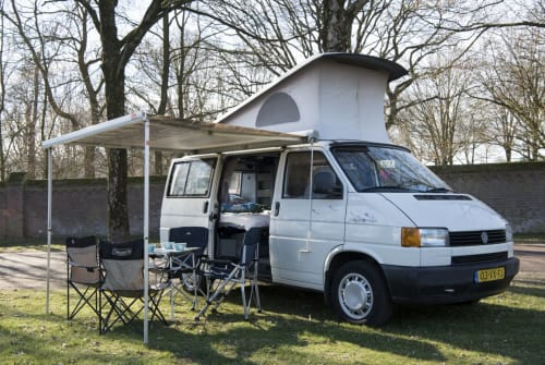 Wohnmobil mieten in Mierlo von privat   VW CaliforniaDream