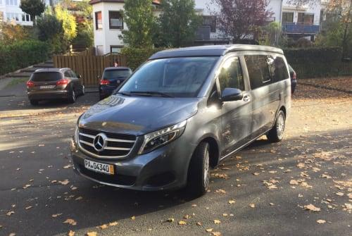 Wohnmobil mieten in Paderborn von privat | Mercedes Benz Carpe Diem
