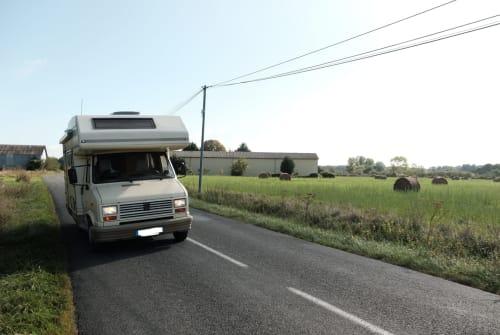 Wohnmobil mieten in Stuttgart von privat | Peugeot J5  Bambi