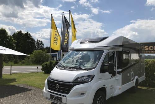 Wohnmobil mieten in Barweiler von privat | Carado Classicline