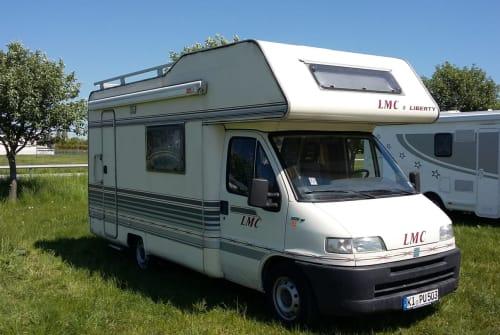 Wohnmobil mieten in Kiel von privat | Fiat Ducato Elli
