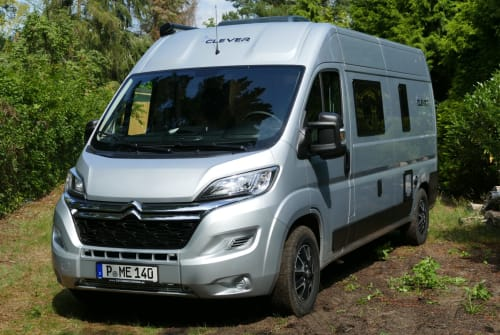 Wohnmobil mieten in Potsdam von privat | Clever Clever Family