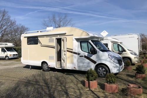 Wohnmobil mieten in Velbert von privat | Ahorn Hörnchen