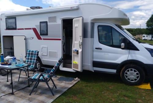 Wohnmobil mieten in Roes von privat | Roller Team Emma