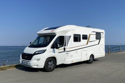 Wohnmobil mieten in Fahrdorf von privat | Eura Mobil WÜSL