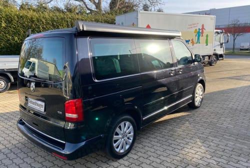 Wohnmobil mieten in Aachen von privat   VW T5  T5 Black Beauty