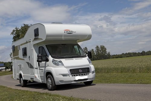 Wohnmobil mieten in Trier von privat | Carado Family Molnar