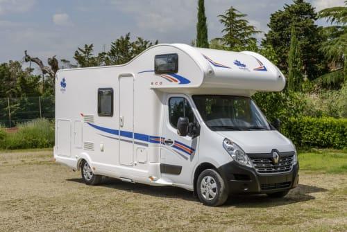 Wohnmobil mieten in Rendsburg von privat | Ahorn 2horn