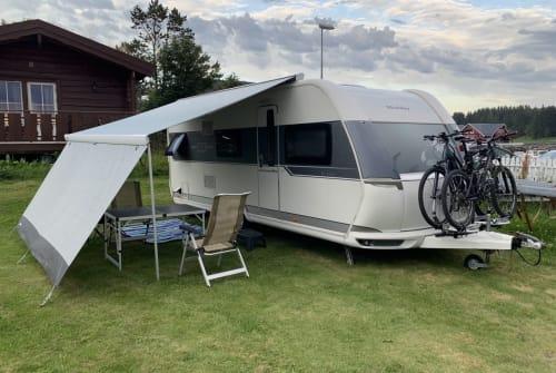 Wohnmobil mieten in Neumarkt in der Oberpfalz von privat | Hobby  Luxus Camper