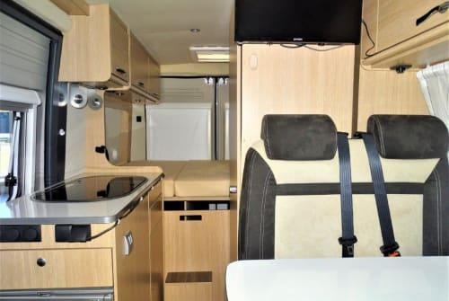 Wohnmobil mieten in Köln von privat | Pössl Donna
