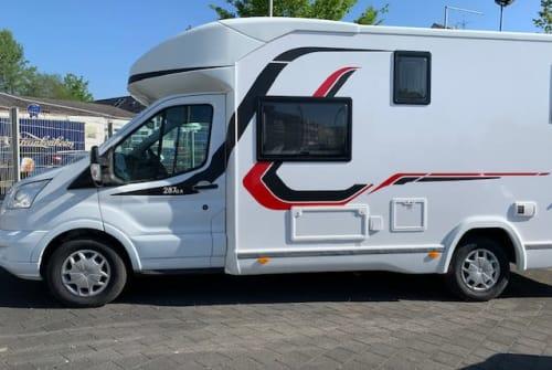 Wohnmobil mieten in Düsseldorf von privat | Challenger Majona