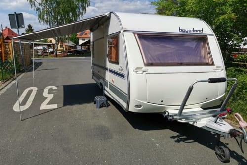 Wohnmobil mieten in Erlangen von privat | Beyerland WoWa