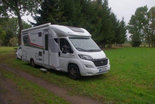 Wohnmobil mieten in Löhne von privat | LMC LMC 732