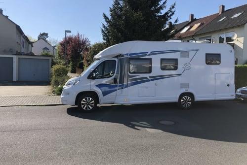Wohnmobil mieten in Erlangen von privat | Knaus Rita Steger