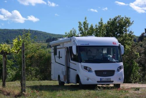 Wohnmobil mieten in Düsseldorf von privat | Eura Mobil CamperStories