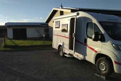 Wohnmobil mieten in Wesel von privat | Sunlight Nerdmobil