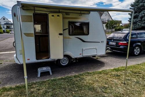 Wohnmobil mieten in Seligenstadt von privat | Capron Villa Carado