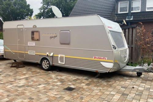 Wohnmobil mieten in Oldenburg von privat | Dethlefs Leify