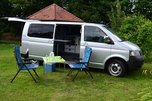 Wohnmobil mieten in Bielefeld von privat   VW T5  Le Bulli 3