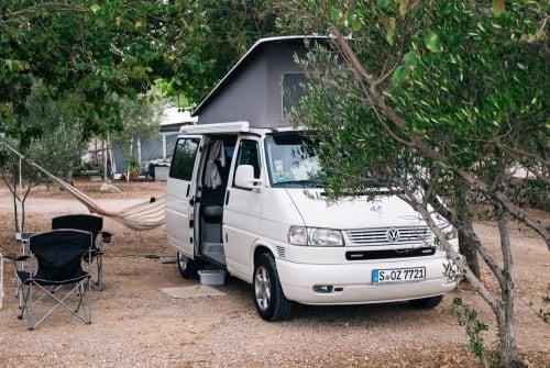 Wohnmobil mieten in Metzingen von privat | Volkswagen Urban California