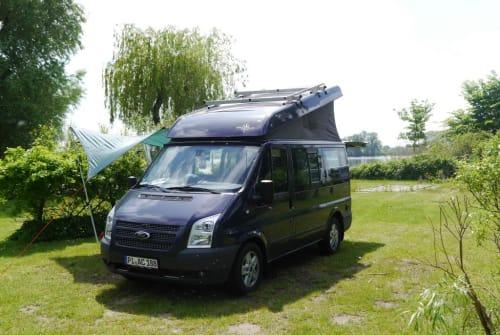 Wohnmobil mieten in Raa-Besenbek von privat | Ford Golden Nugget