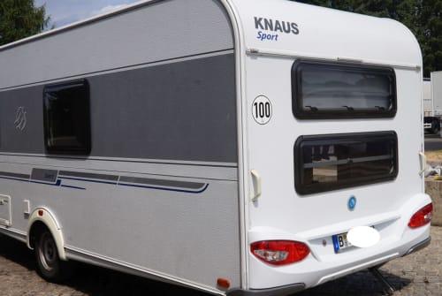 Wohnmobil mieten in Berlin von privat | Knaus Etagenbett