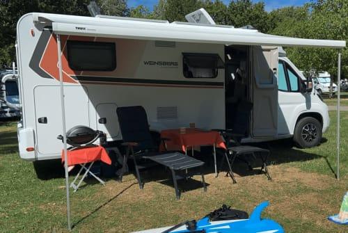 Wohnmobil mieten in Offenburg von privat | Weinsberg Ernie