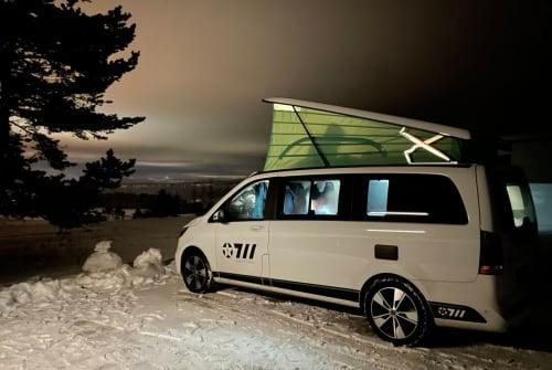 Wohnmobil mieten in Stuttgart von privat | Mercedes- Benz 300 d 4MATIC Benztown Baby