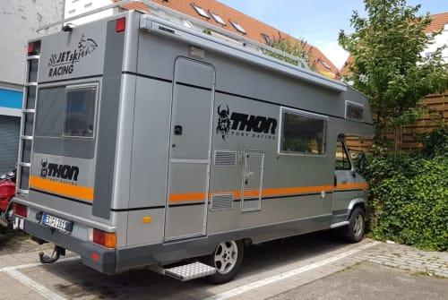 Wohnmobil mieten in Neuhausen auf den Fildern von privat | Peugeot Knaus Thor