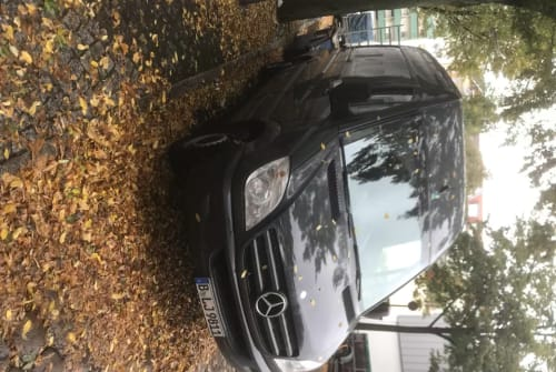 Wohnmobil mieten in Berlin von privat | Mercedes Harold